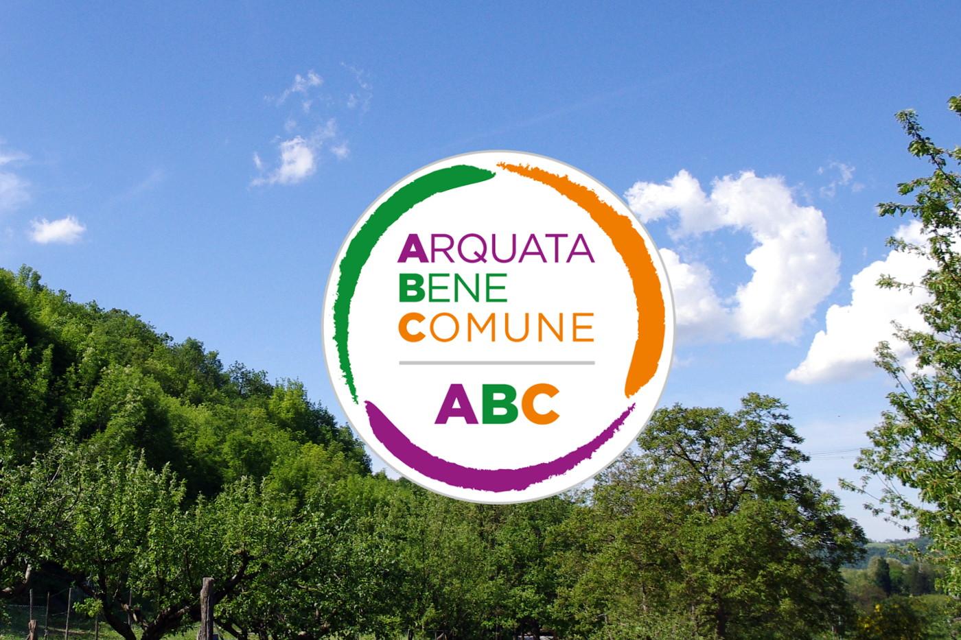 Logo ABC su sfondo bosco